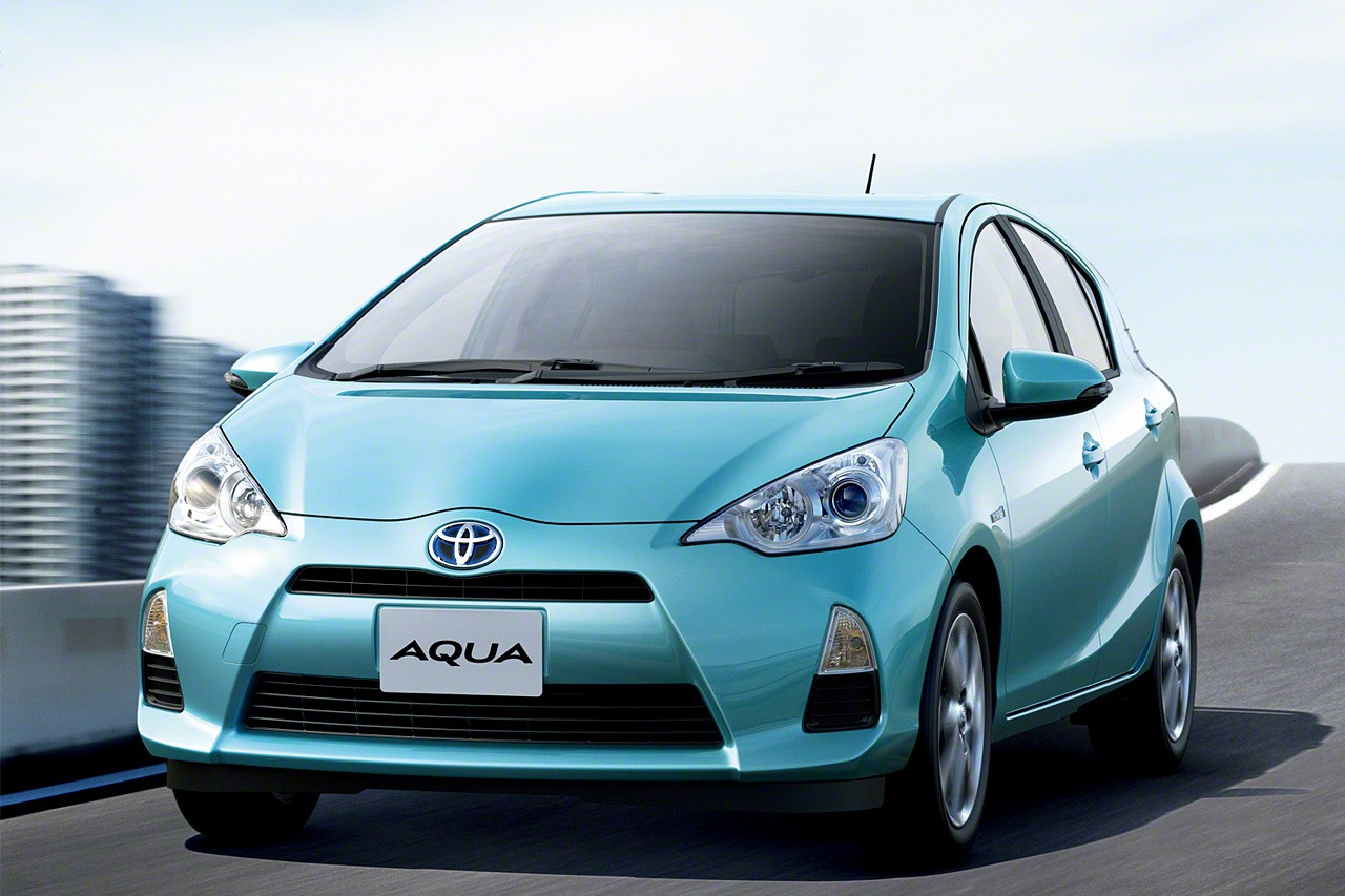 Toyota Aqua I 2011 - 2014 Hatchback 5 door #6