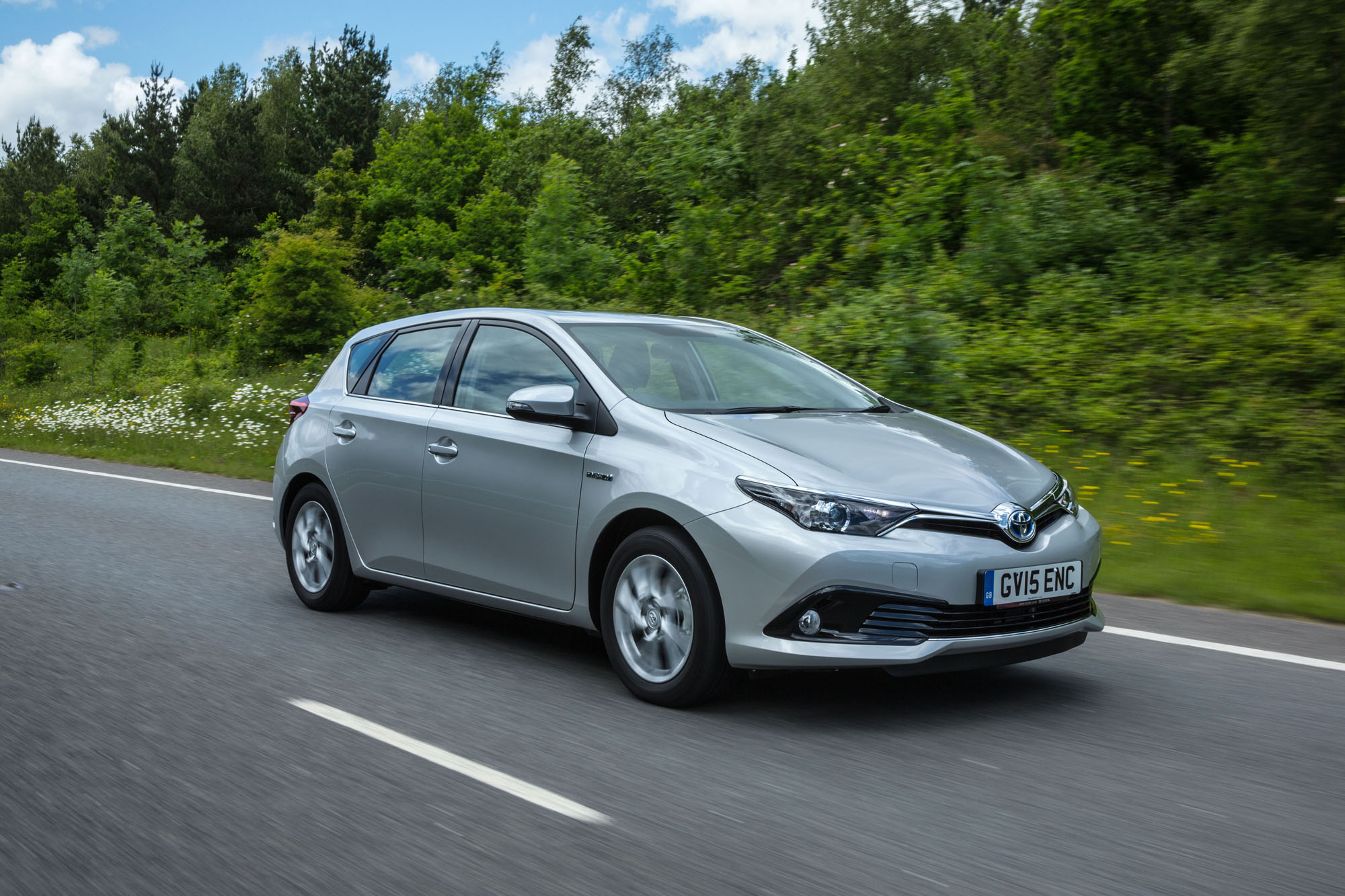 Toyota Auris II Restyling 2015 - now Hatchback 5 door #1