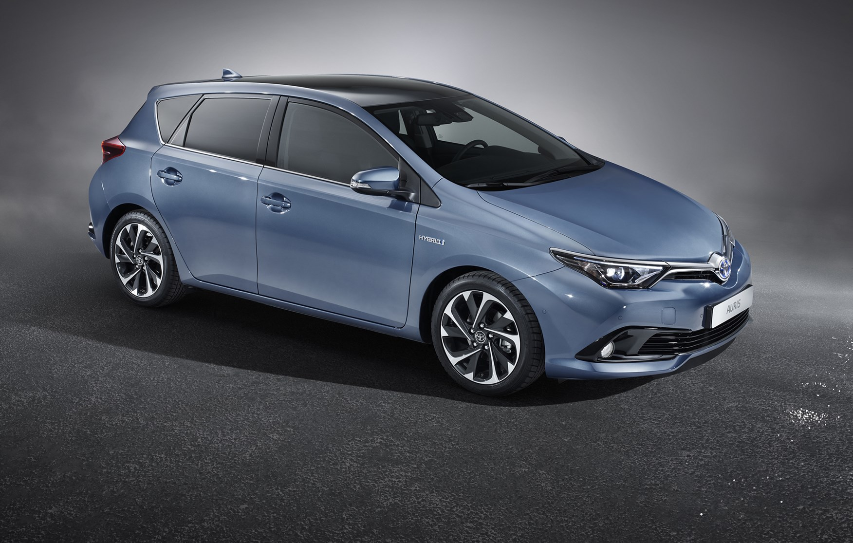 Toyota Auris II Restyling 2015 - now Hatchback 5 door #6