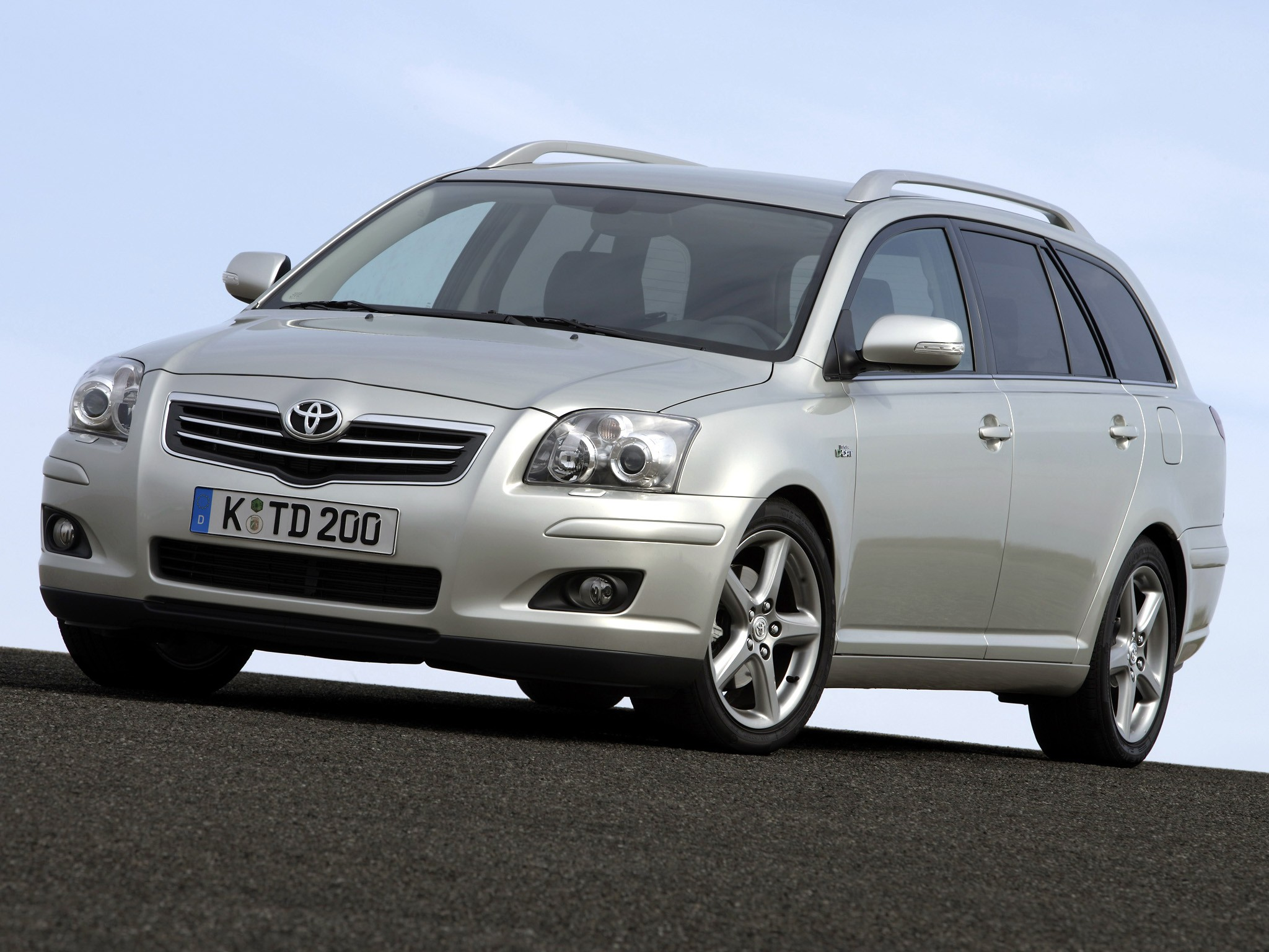toyota avensis i restyling 2000 2003 station wagon 5 door rh carsot com 2006 toyota avensis owners manual toyota avensis 2006 user manual pdf
