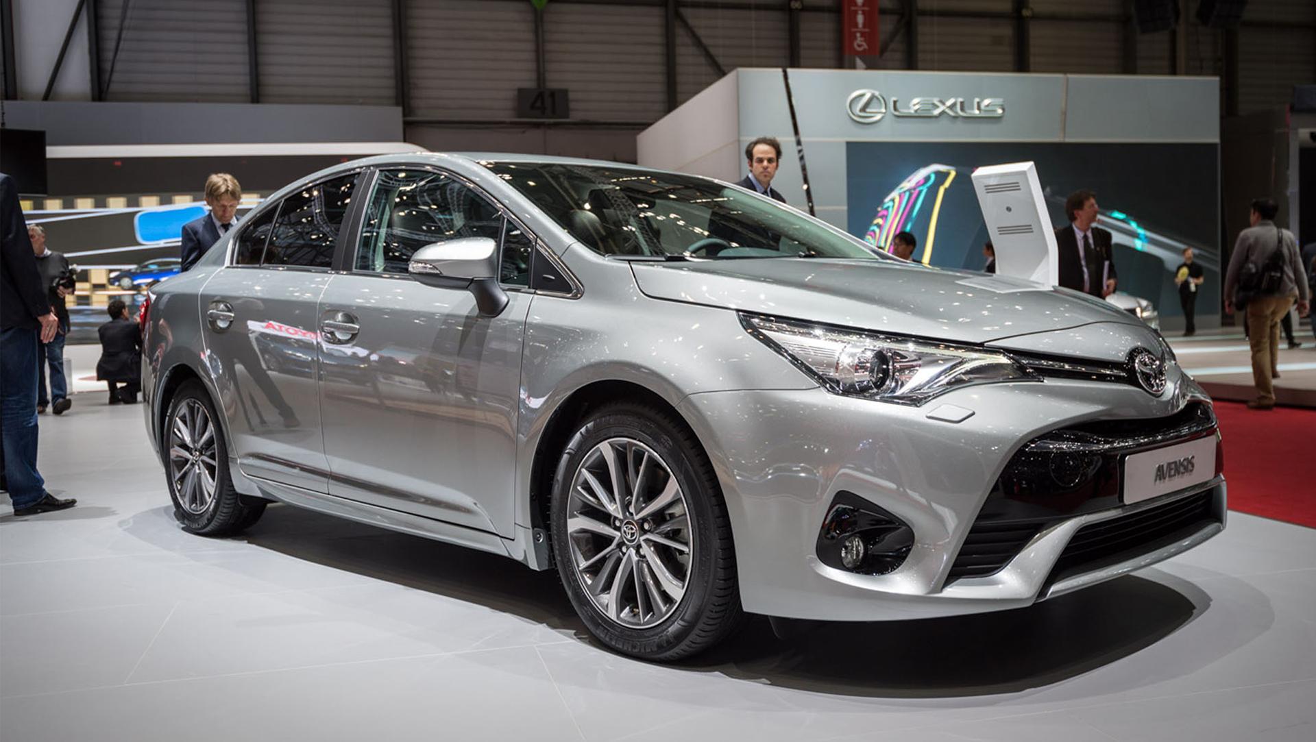 Toyota Avensis III Restyling 2 2015 - now Sedan #1