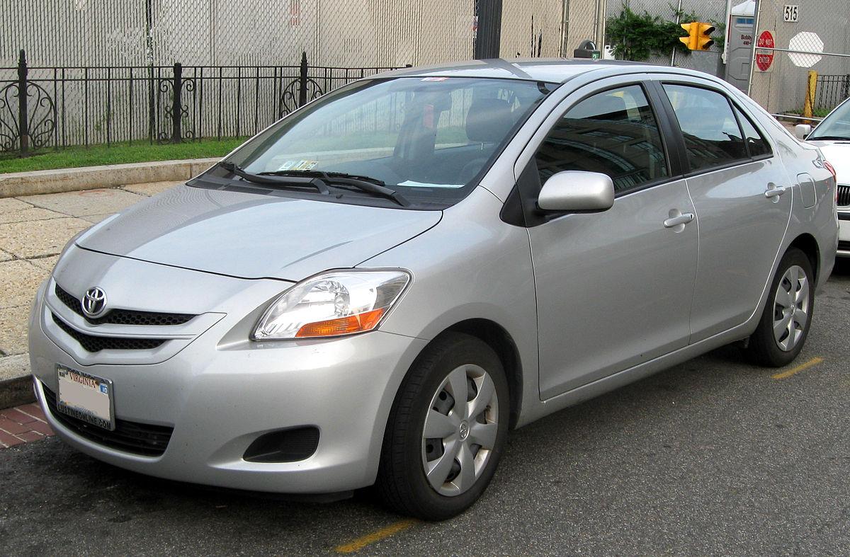 Toyota Belta 2005 - 2012 Sedan #6