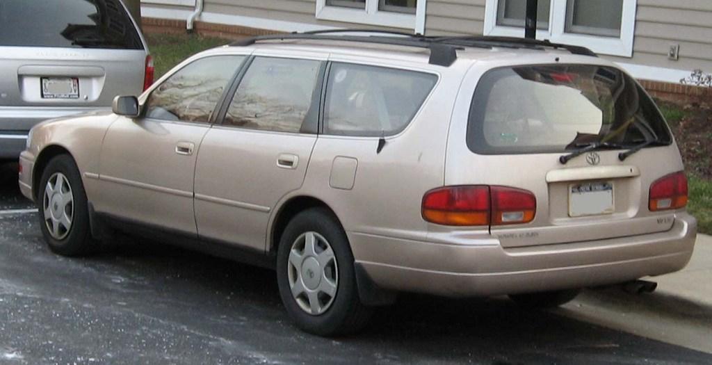 Toyota Camry Iii Xv10 1991 1997 Station Wagon 5 Door 7