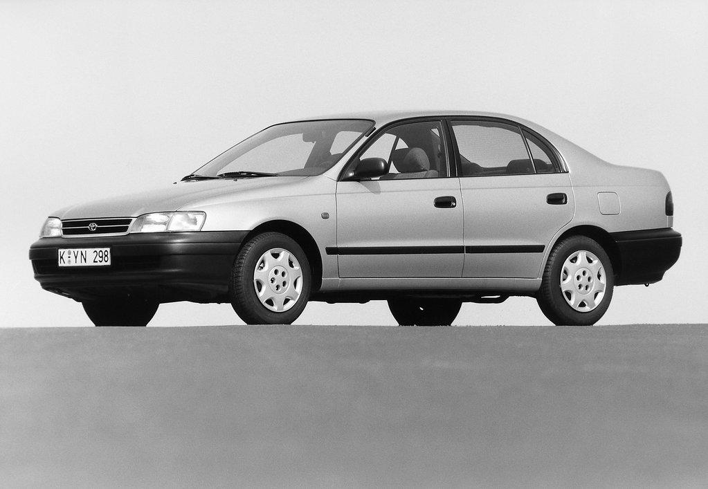 Toyota Carina VI (T190) 1992 - 1996 Sedan #1