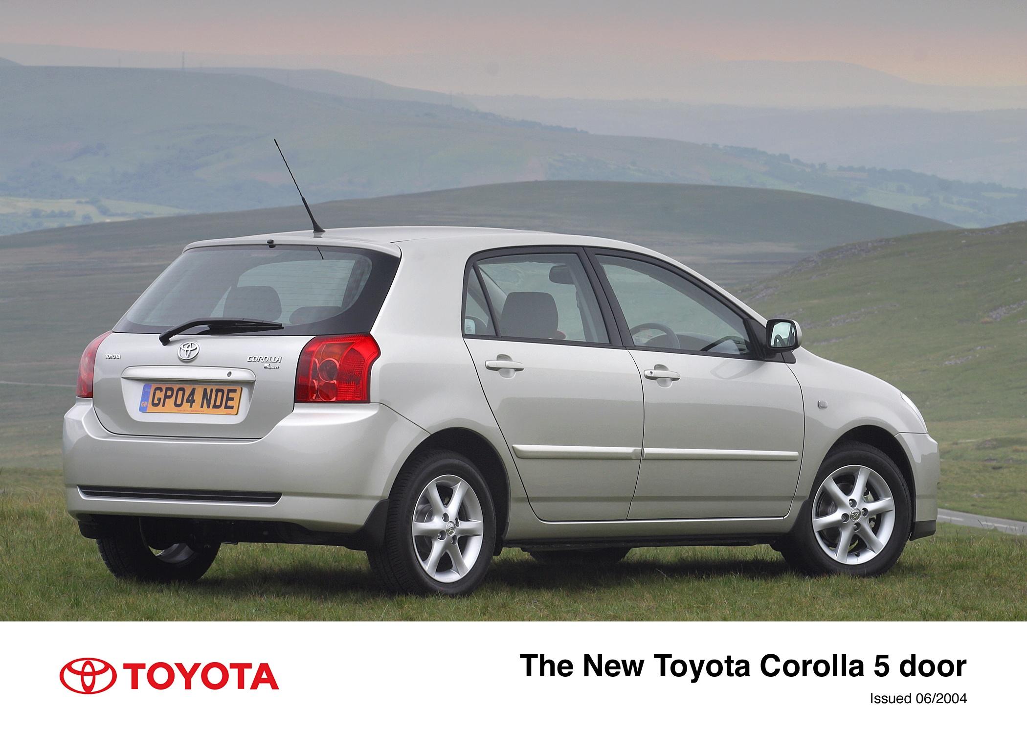 Toyota Corolla IX (E120, E130) 2001 - 2004 Hatchback 5 door #2