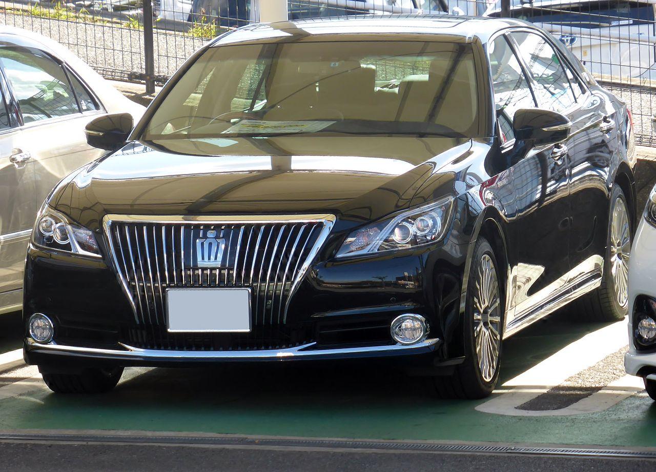 Toyota Crown Majesta VI (S210) 2013 - now Sedan #4