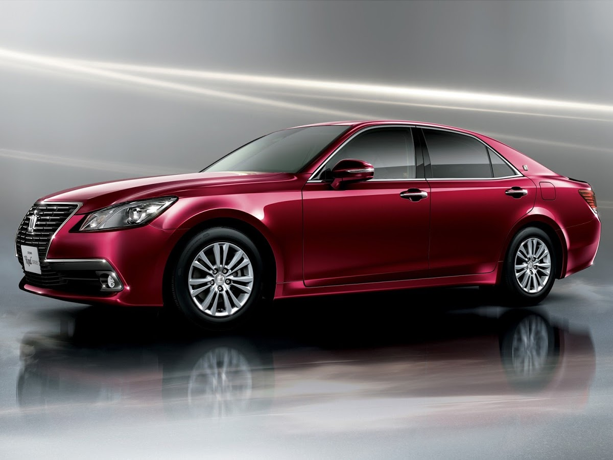 Toyota Crown XIV (S210) 2012 - now Sedan #5
