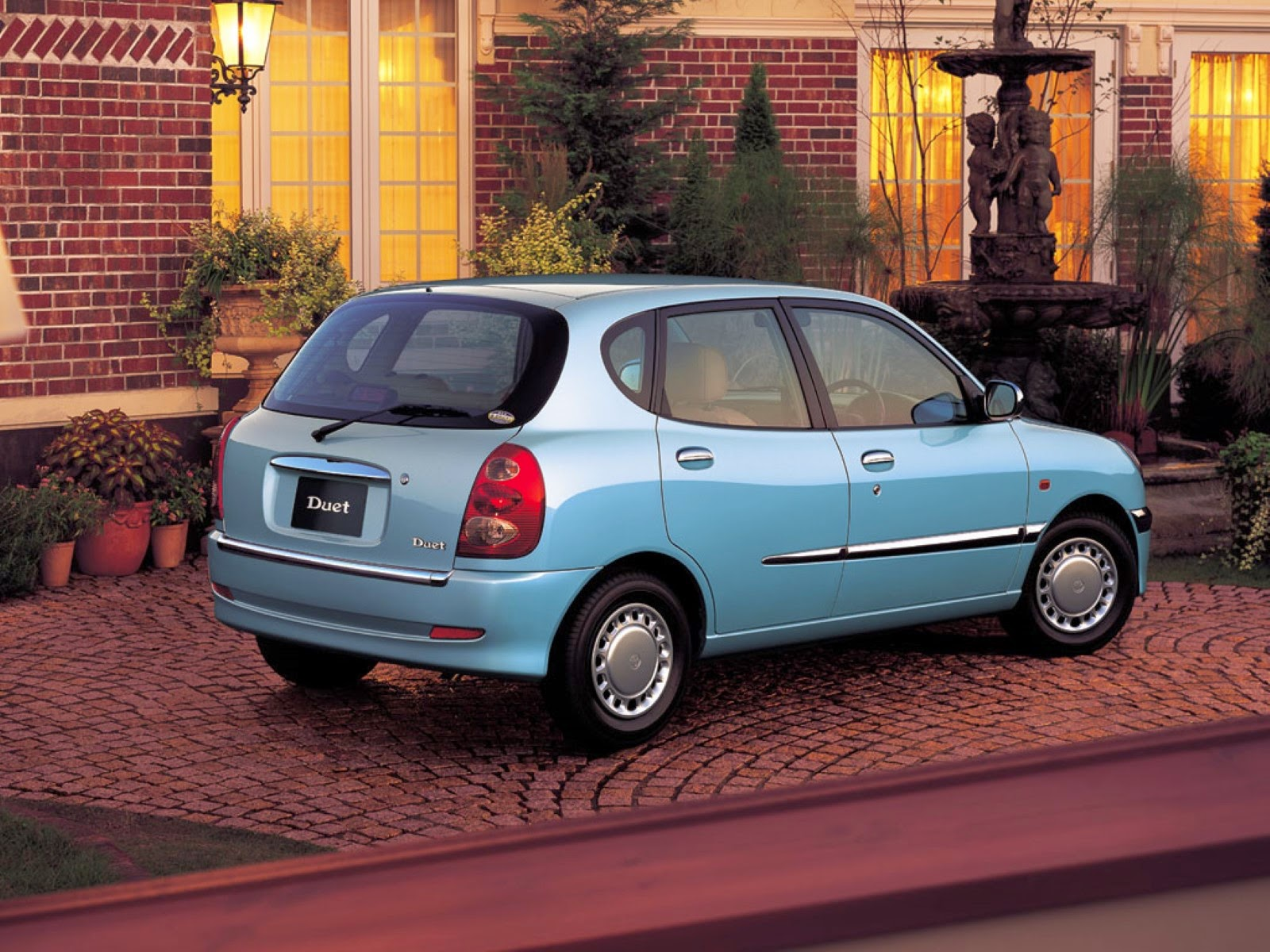 Toyota Duet 1998 - 2004 Hatchback 5 door #6
