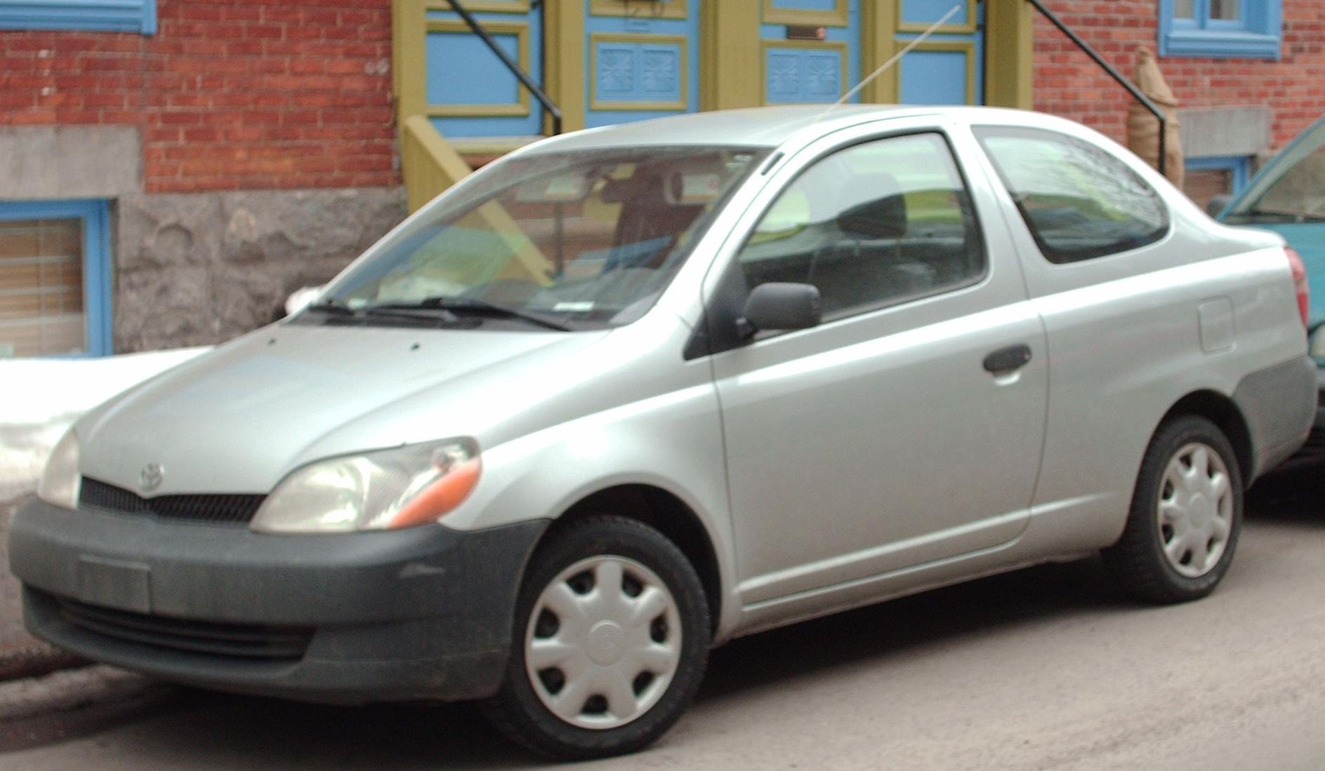 Toyota Echo 1999 - 2005 Coupe #3