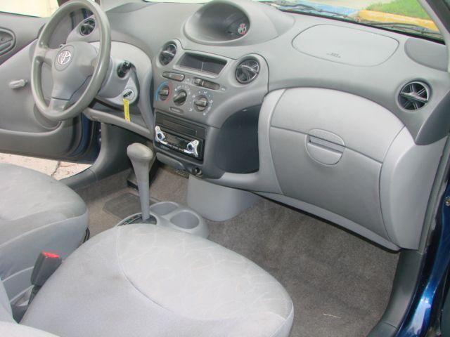 Toyota Echo 1999 - 2005 Coupe #8