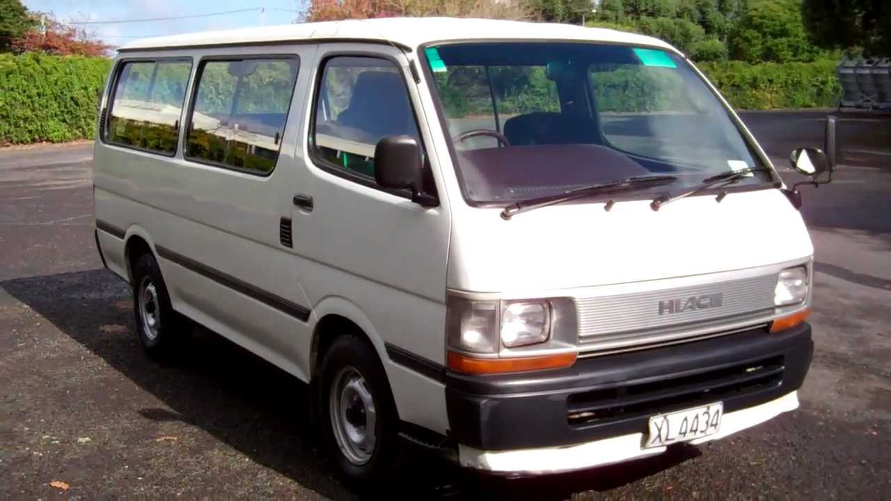 Toyota Granvia 1995 - 2002 Minivan #4