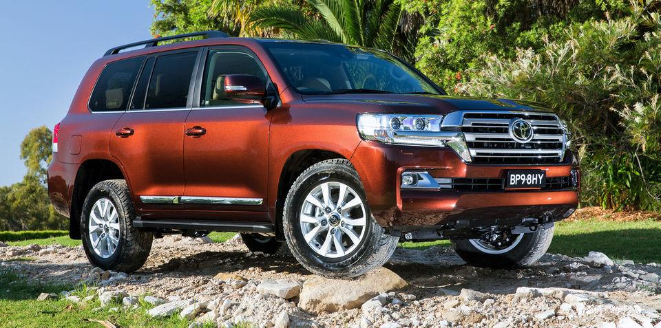 Toyota Land Cruiser 200 Series Restyling 2 2015 - now SUV 5 door #7