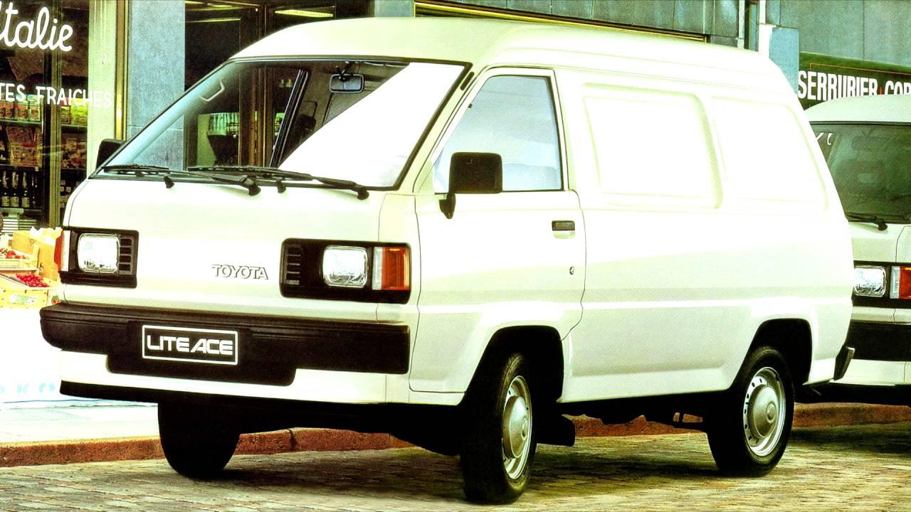 Toyota LiteAce III 1986 - 1992 Minivan #3