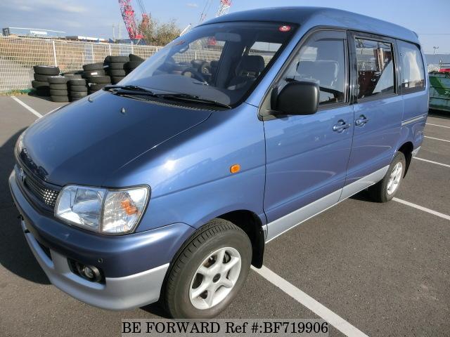 Toyota TownAce V 2008 - now Compact MPV #3