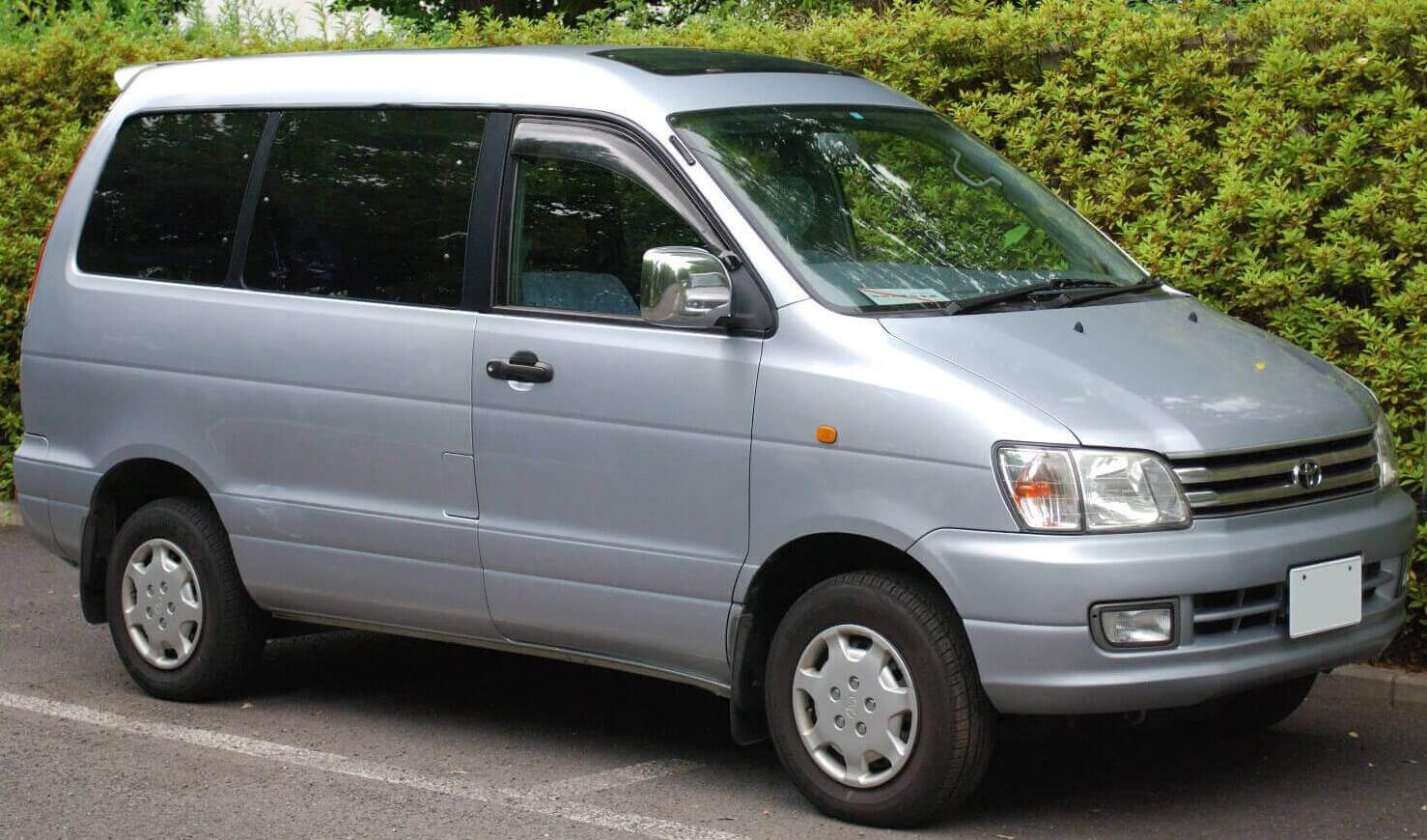 Toyota TownAce V 2008 - now Compact MPV #5
