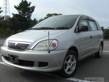 Toyota Nadia 1998 - 2003 Compact MPV #1