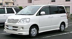 Toyota Noah I (R60) 2001 - 2007 Minivan #4