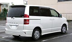 Toyota Voxy I (R60) 2001 - 2007 Compact MPV #6