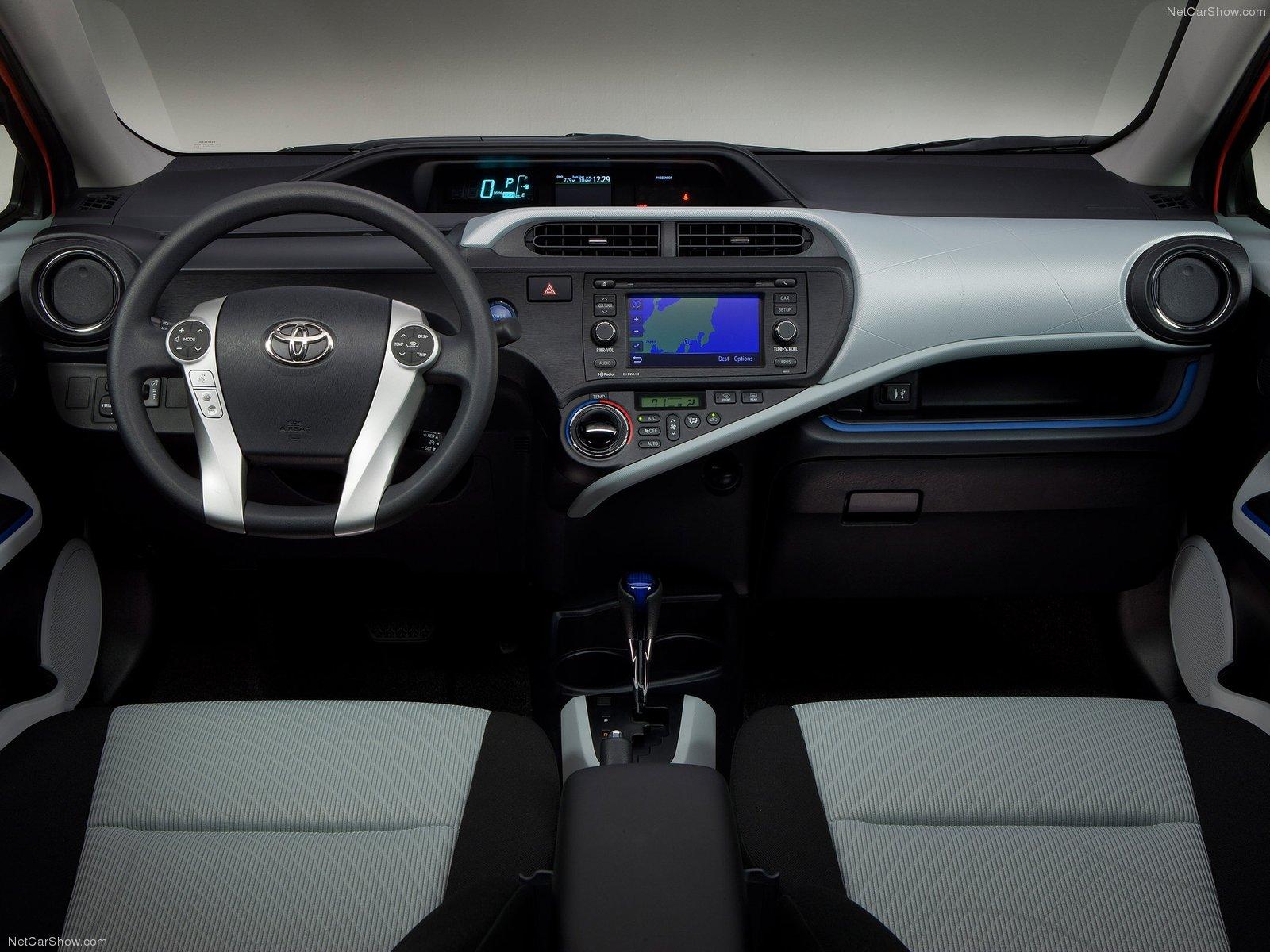 Toyota Prius c I 2011 - 2015 Hatchback 5 door #5