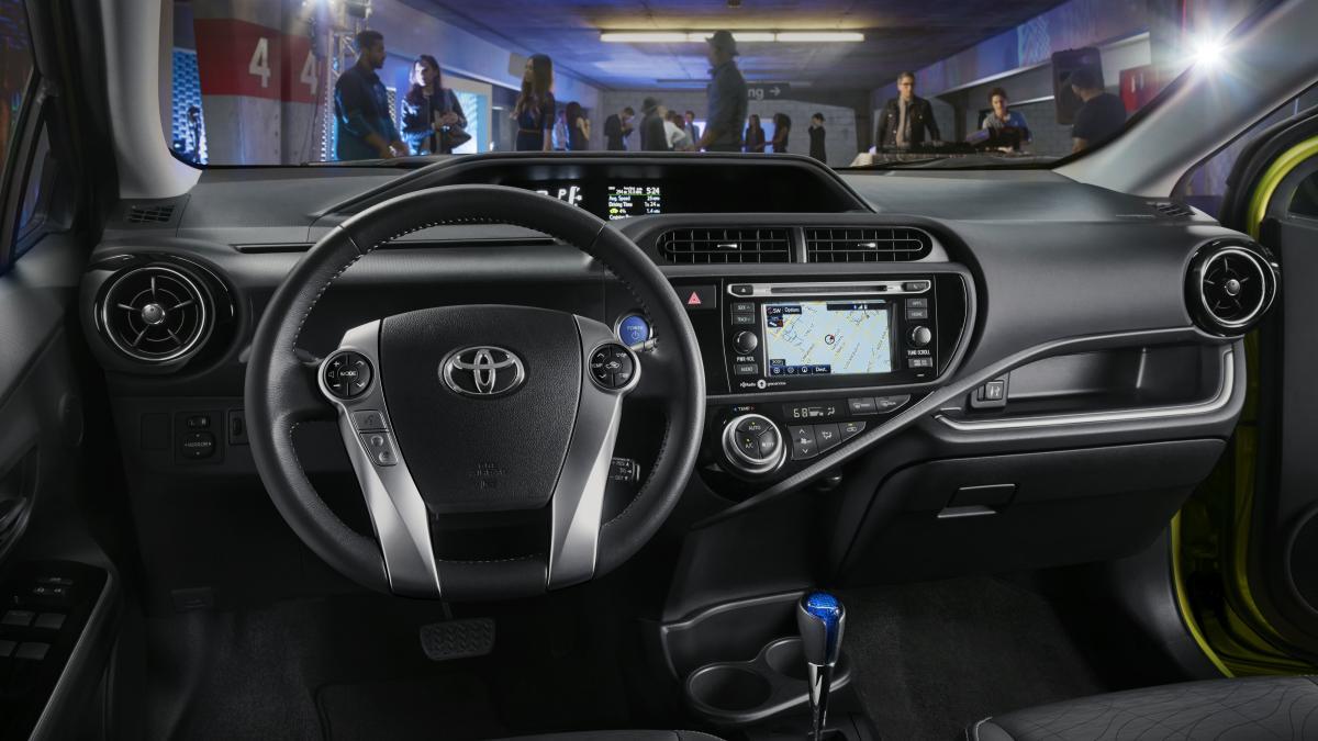 Toyota Prius c I Restyling 2015 - now Hatchback 5 door #8