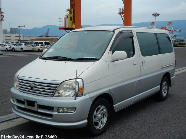 Toyota Regius 1999 - 2002 Minivan #2