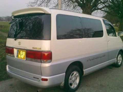 Toyota Regius 1999 - 2002 Minivan #8