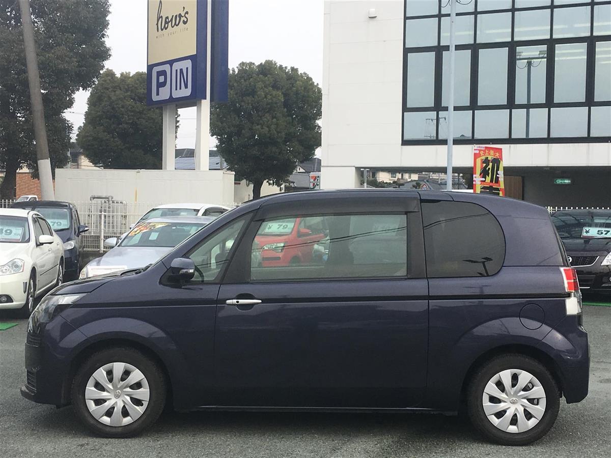 Toyota Spade 2012 - now Compact MPV #1