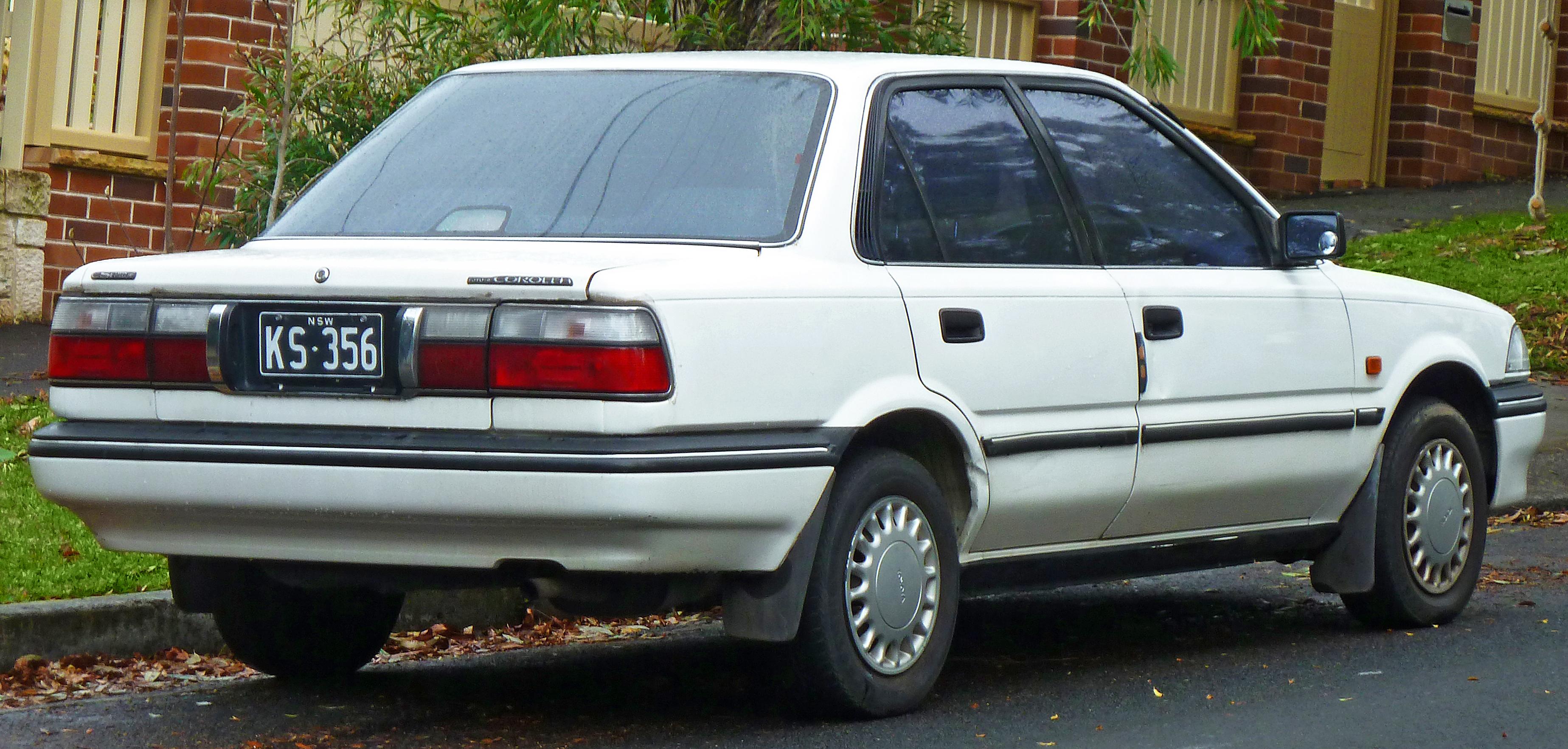 Toyota Sprinter VI (E90) 1987 - 1991 Sedan #1