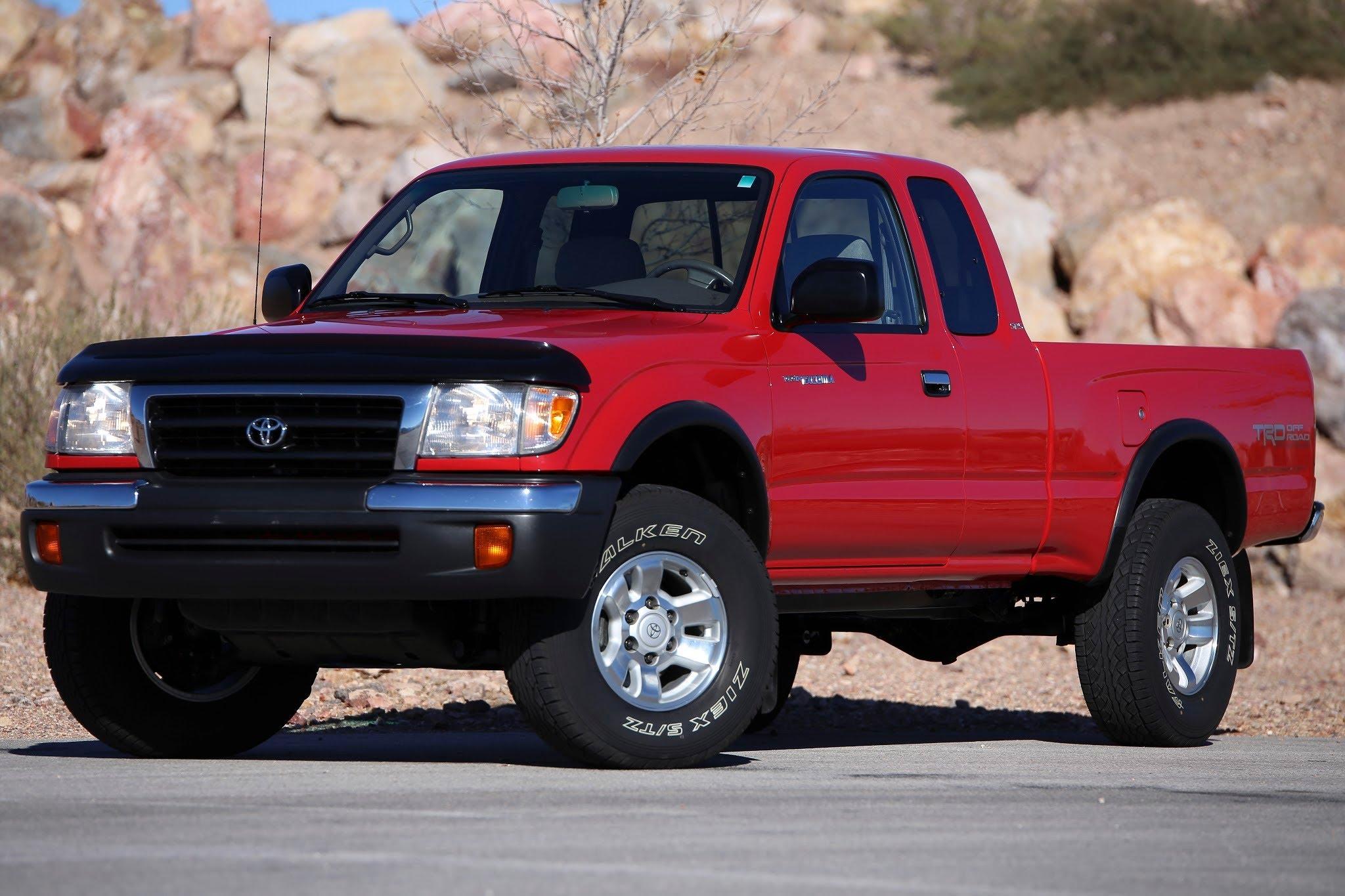 Toyota Tacoma I 1995 - 2000 Pickup #2