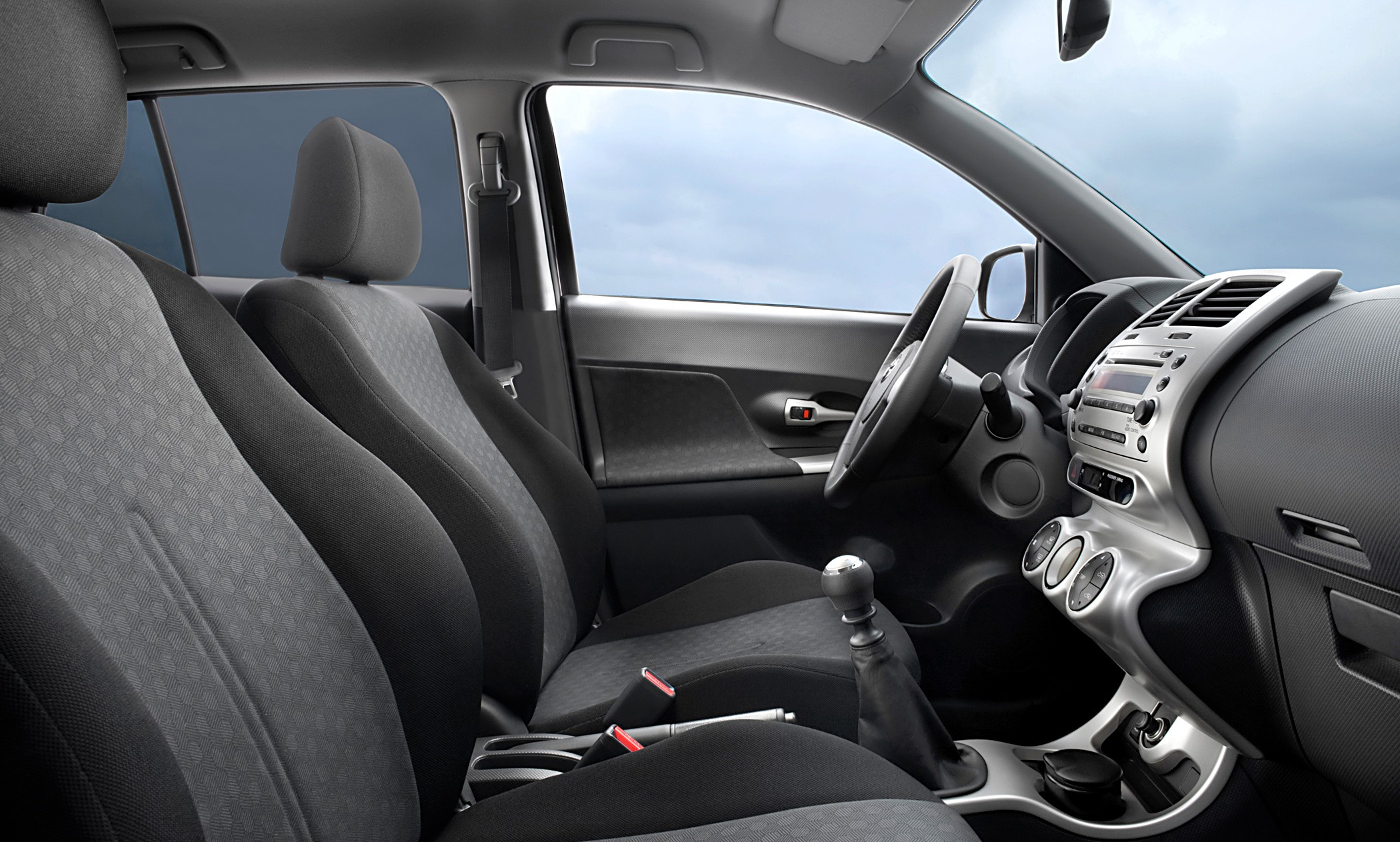 Toyota Urban Cruiser 2009 - 2014 Hatchback 5 door #5