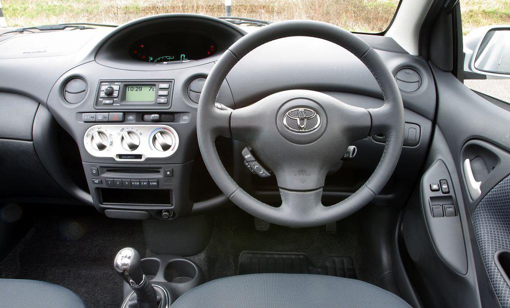 Toyota Yaris I Restyling 2003 - 2005 Hatchback 5 door #7