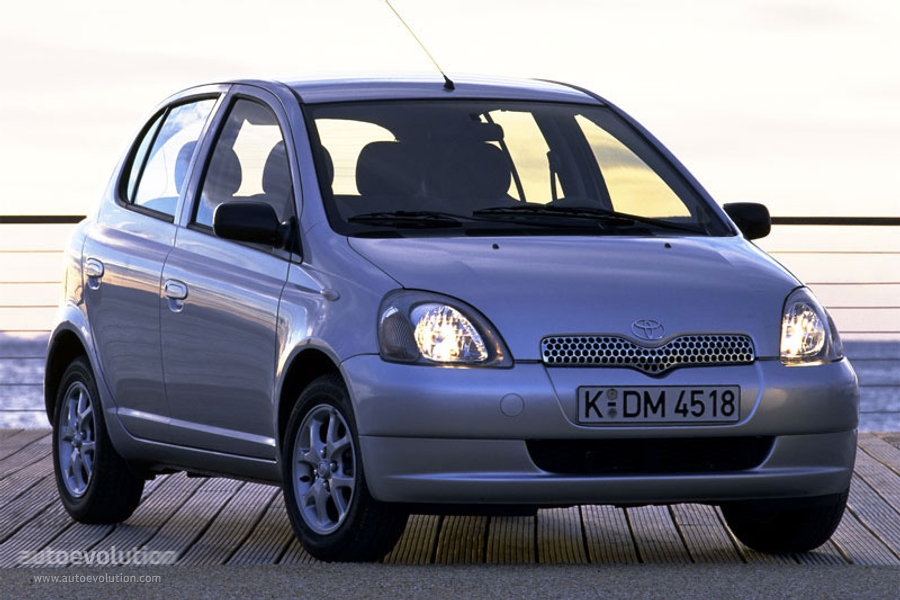 Toyota Yaris I 1999 - 2003 Hatchback 3 door #1