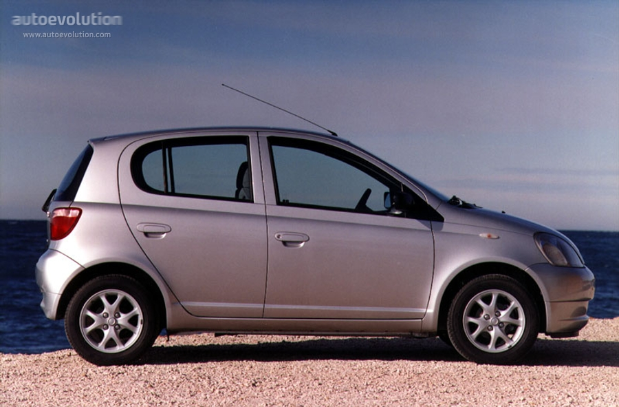 Toyota Yaris I 1999 - 2003 Hatchback 3 door #6