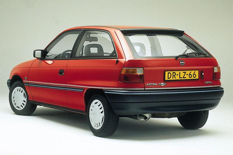 Vauxhall Astra F 1991 - 2002 Hatchback 3 door #5