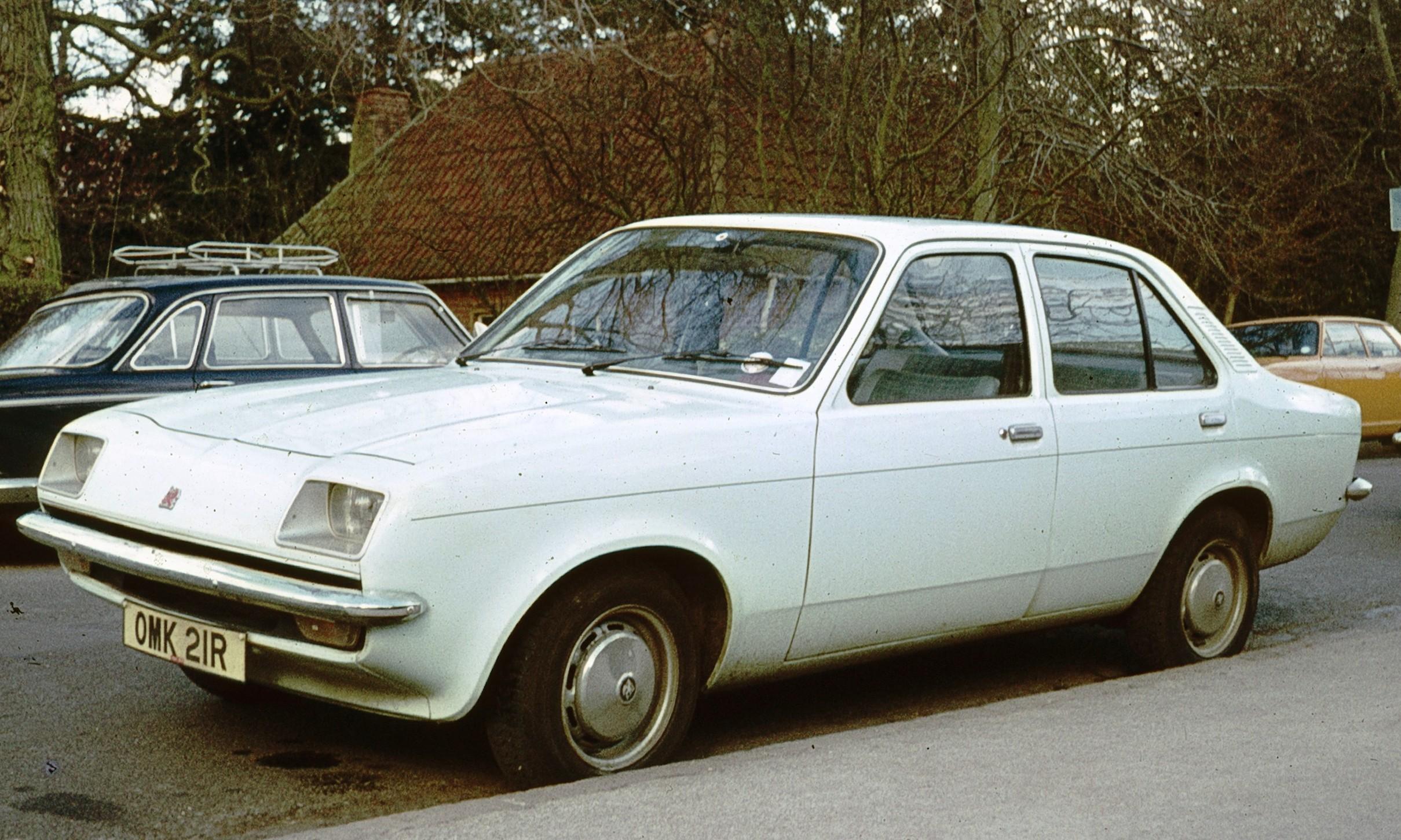 Vauxhall Chevette I 1975 - 1984 Sedan #6