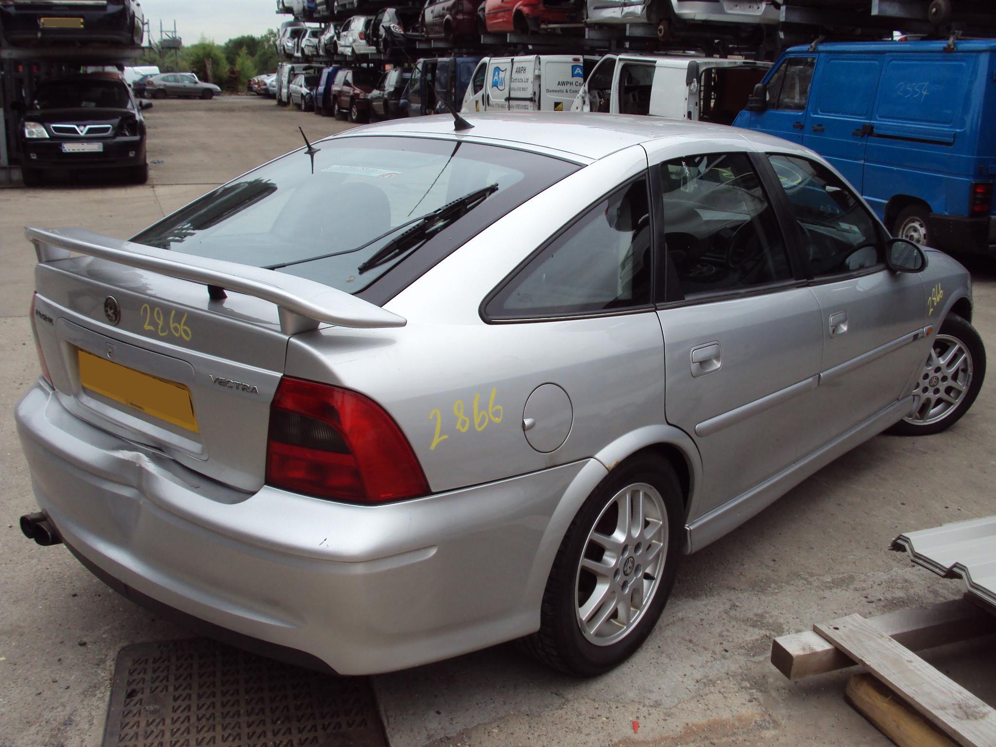 Vauxhall Vectra B 1995 - 2003 Hatchback 5 door #2