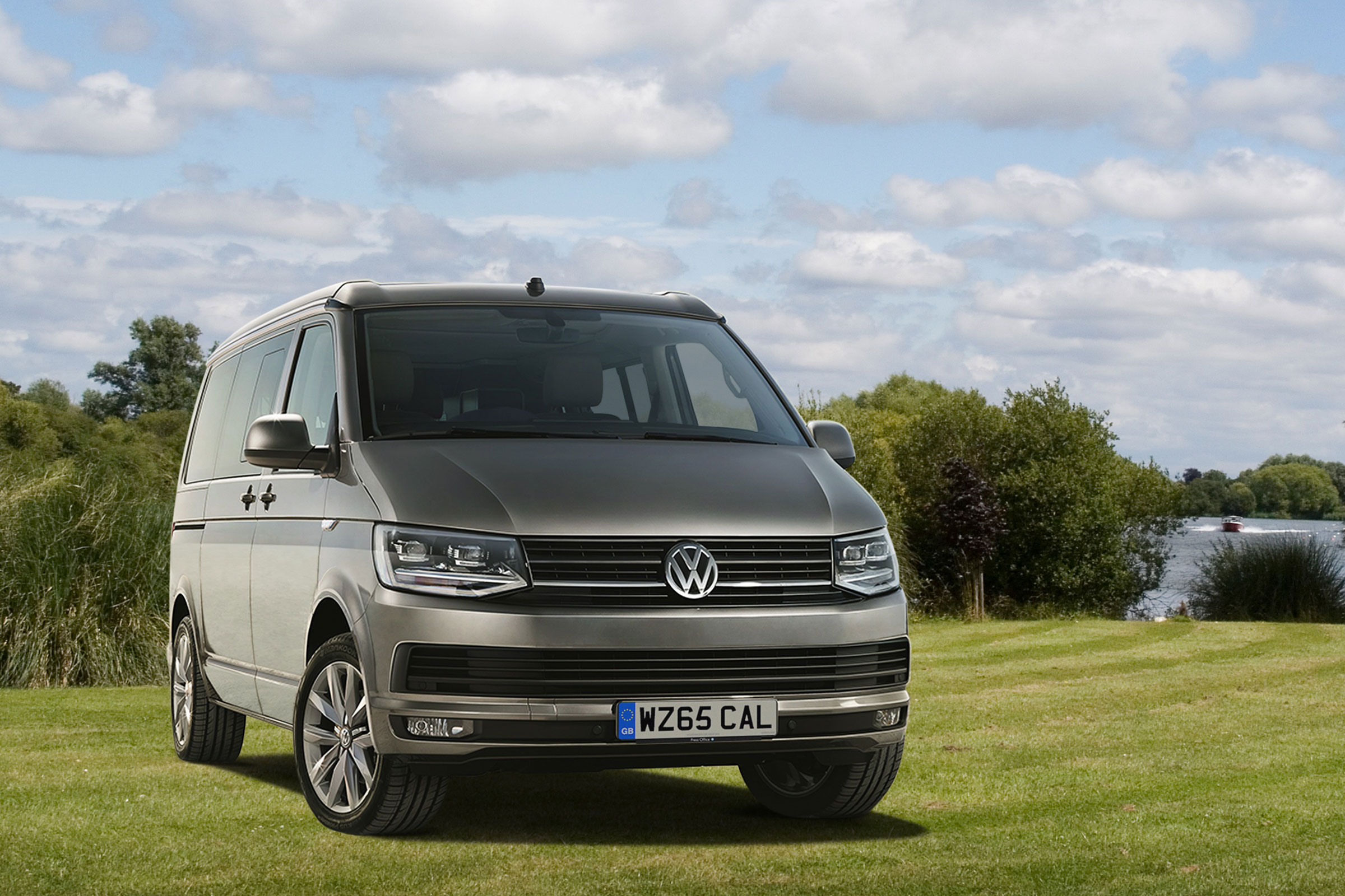 volkswagen california t6 2015 now minivan outstanding cars. Black Bedroom Furniture Sets. Home Design Ideas