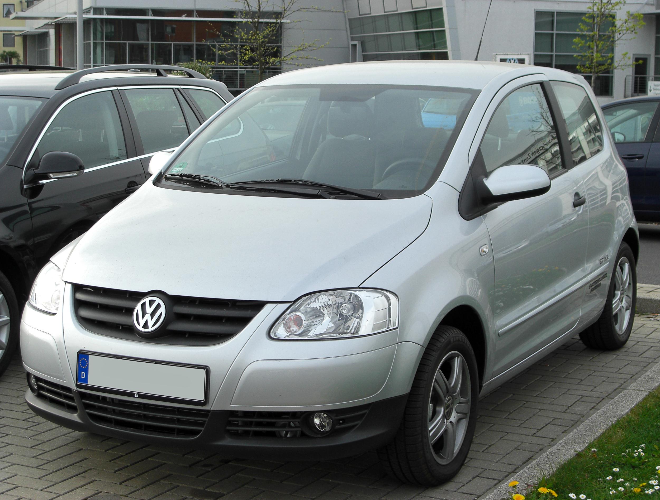 Volkswagen Fox I 2005 - 2009 Hatchback 3 door #3