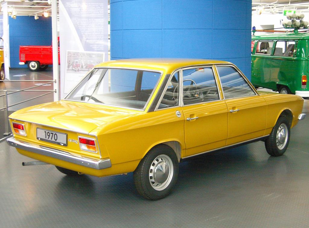 Volkswagen K70 1969 - 1974 Sedan #8