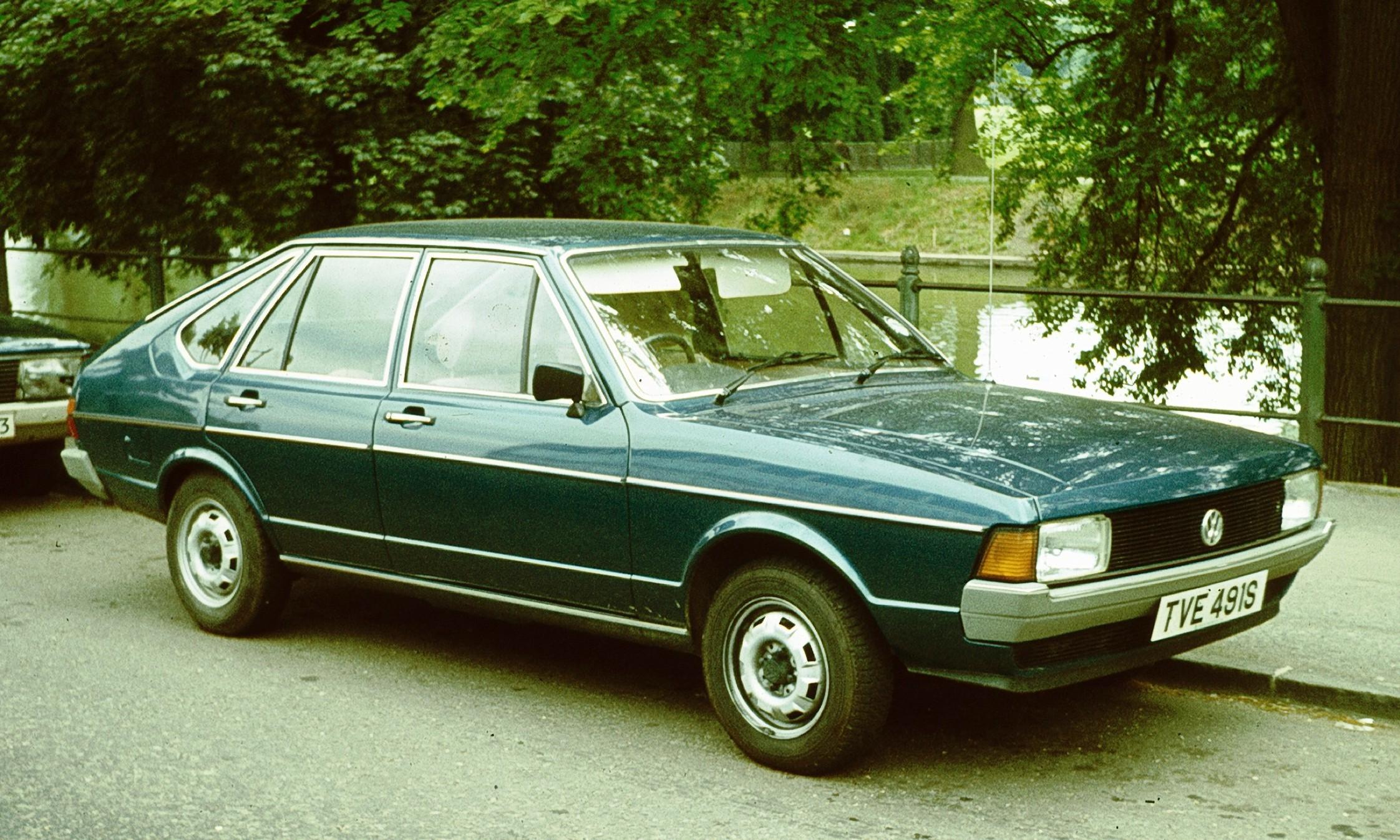 Volkswagen Passat B1 1973 - 1980 Hatchback 3 door #3