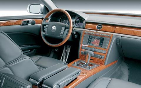 Volkswagen Phaeton I 2002 - 2010 Sedan #6