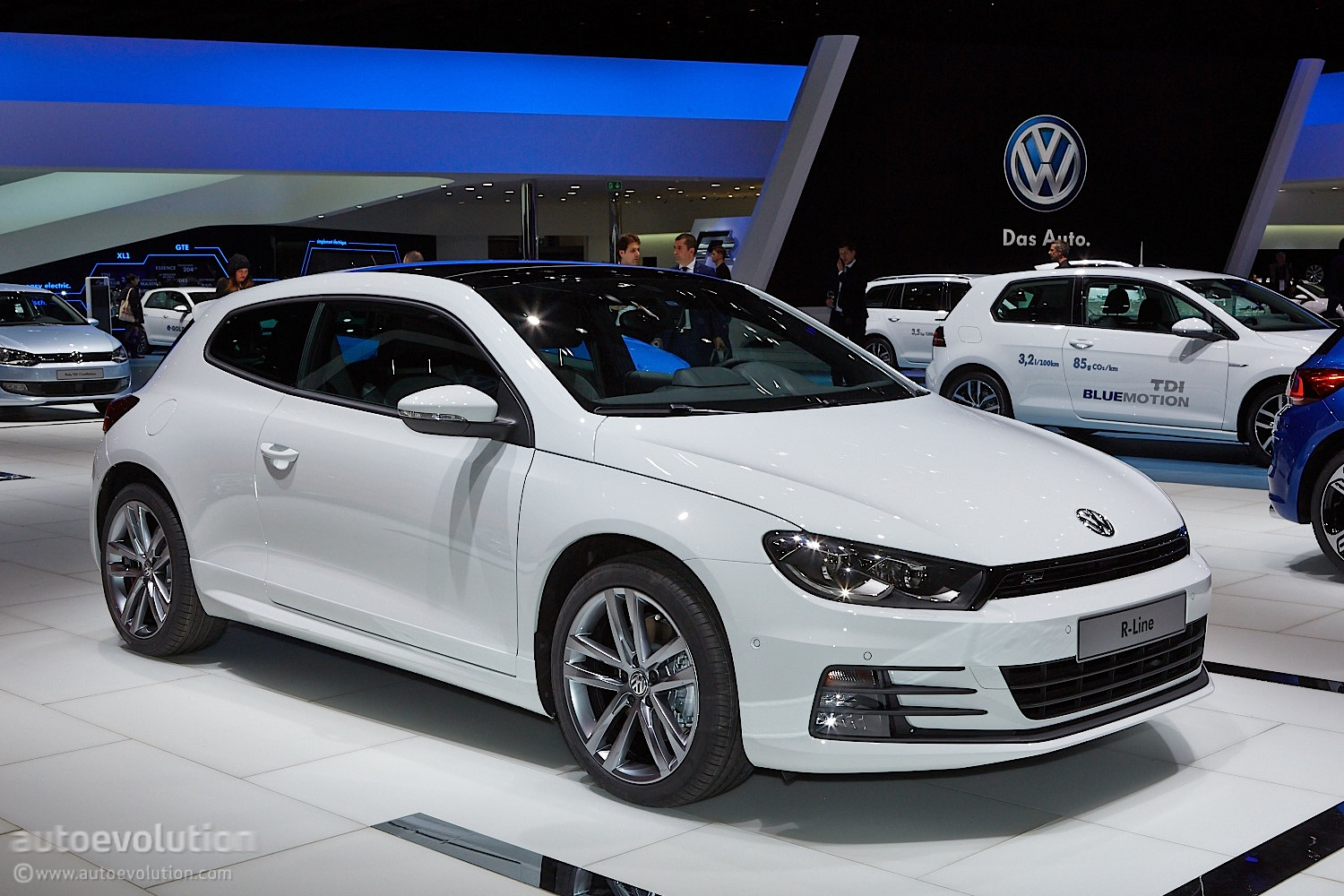 Volkswagen Scirocco III Restyling 2014 - now Hatchback 3 door #2