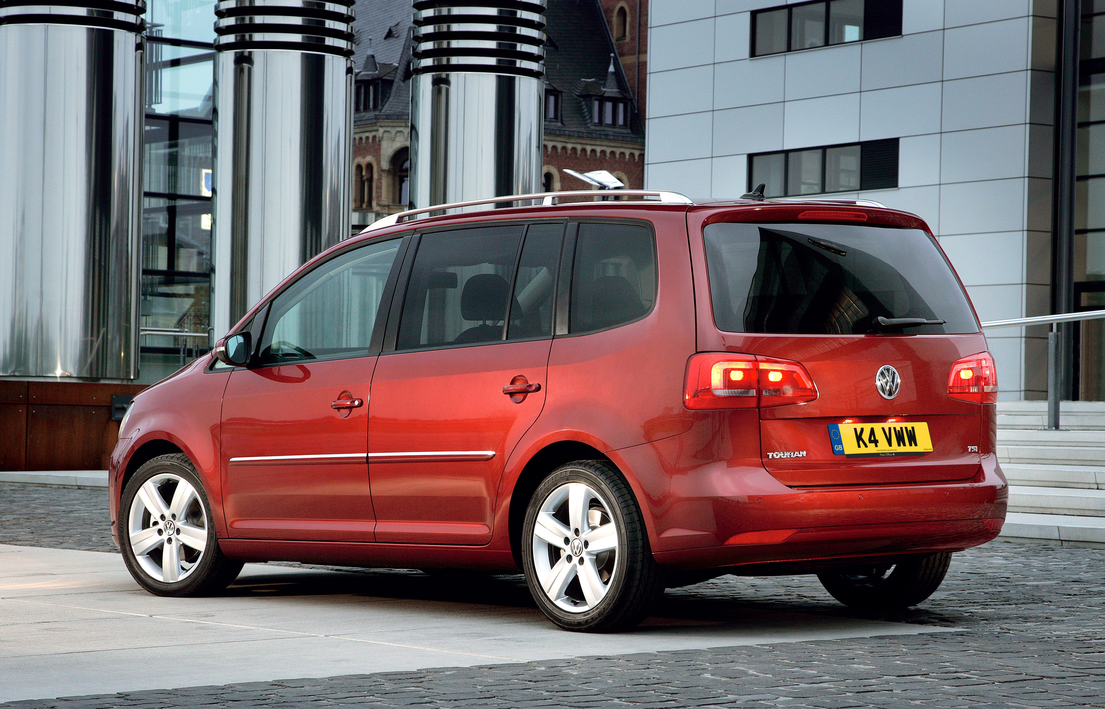 Volkswagen Touran I Restyling 2006 - 2010 Compact MPV #3