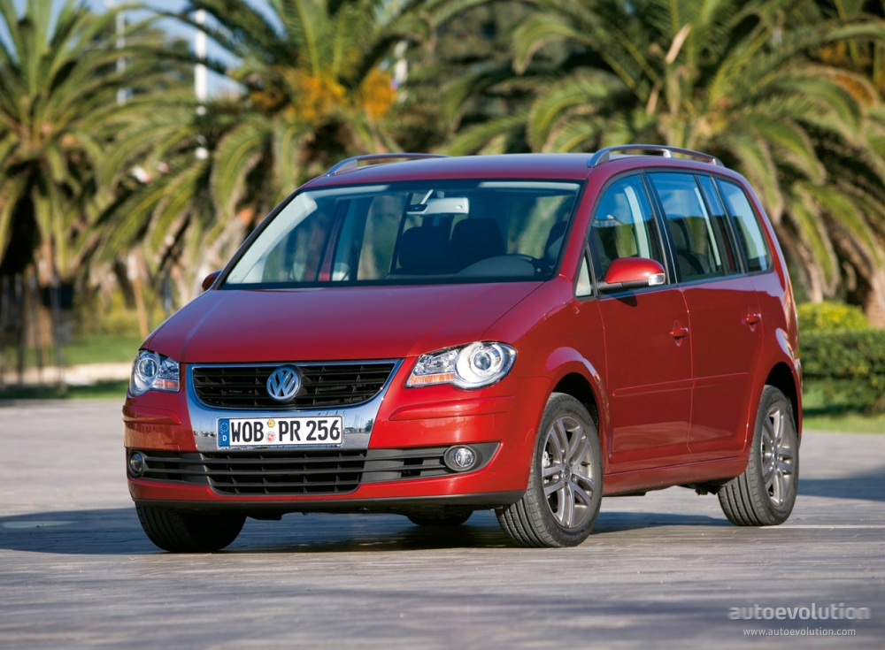 Volkswagen Touran I Restyling 2006 - 2010 Compact MPV #6