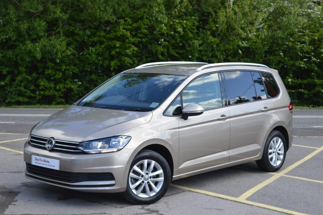 Volkswagen Touran III 2015 - now Compact MPV #3