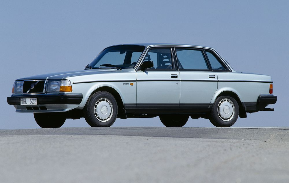 Volvo 240 Series 1974 - 1993 Sedan #7