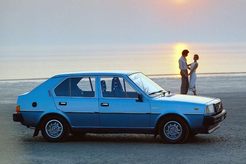 Volvo 300 Series 1975 - 1991 Hatchback 3 door #4