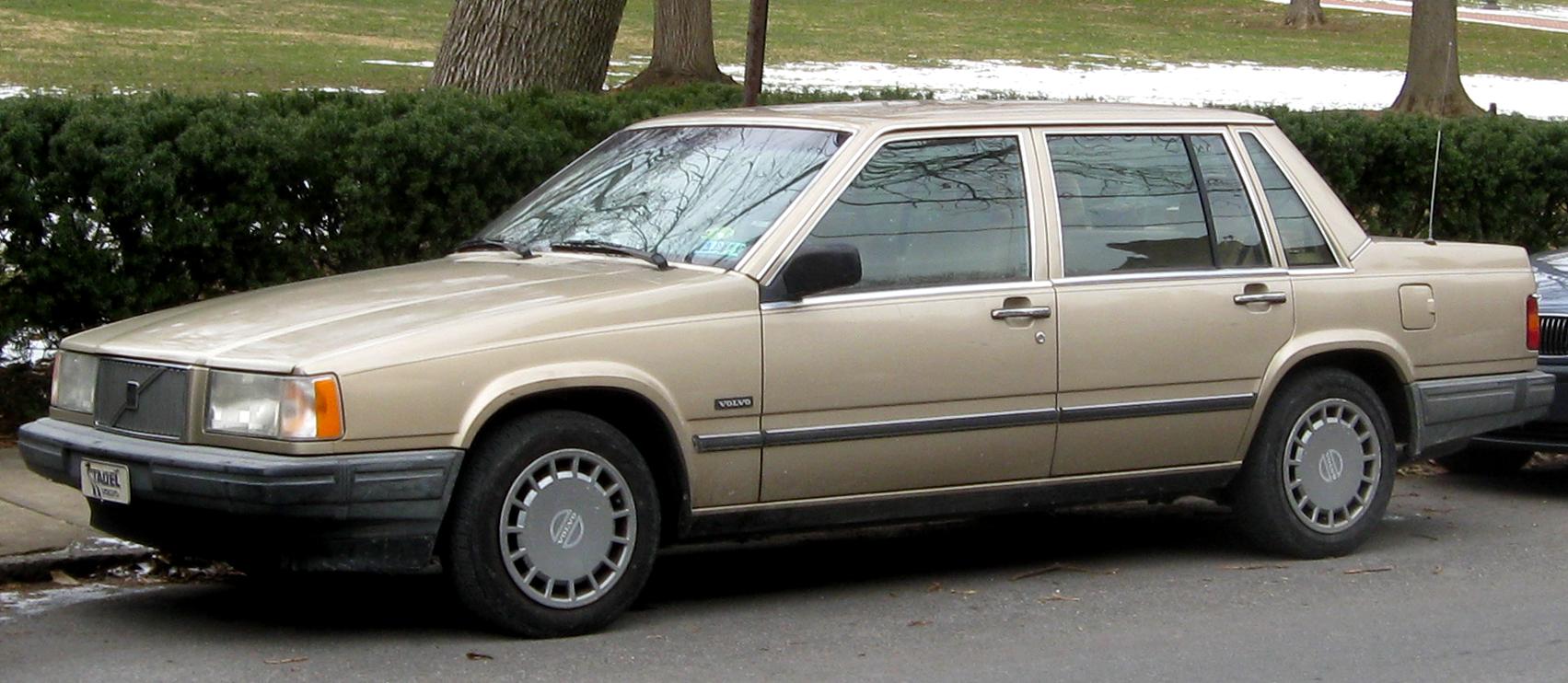 Volvo 740 1983 - 1992 Sedan #2