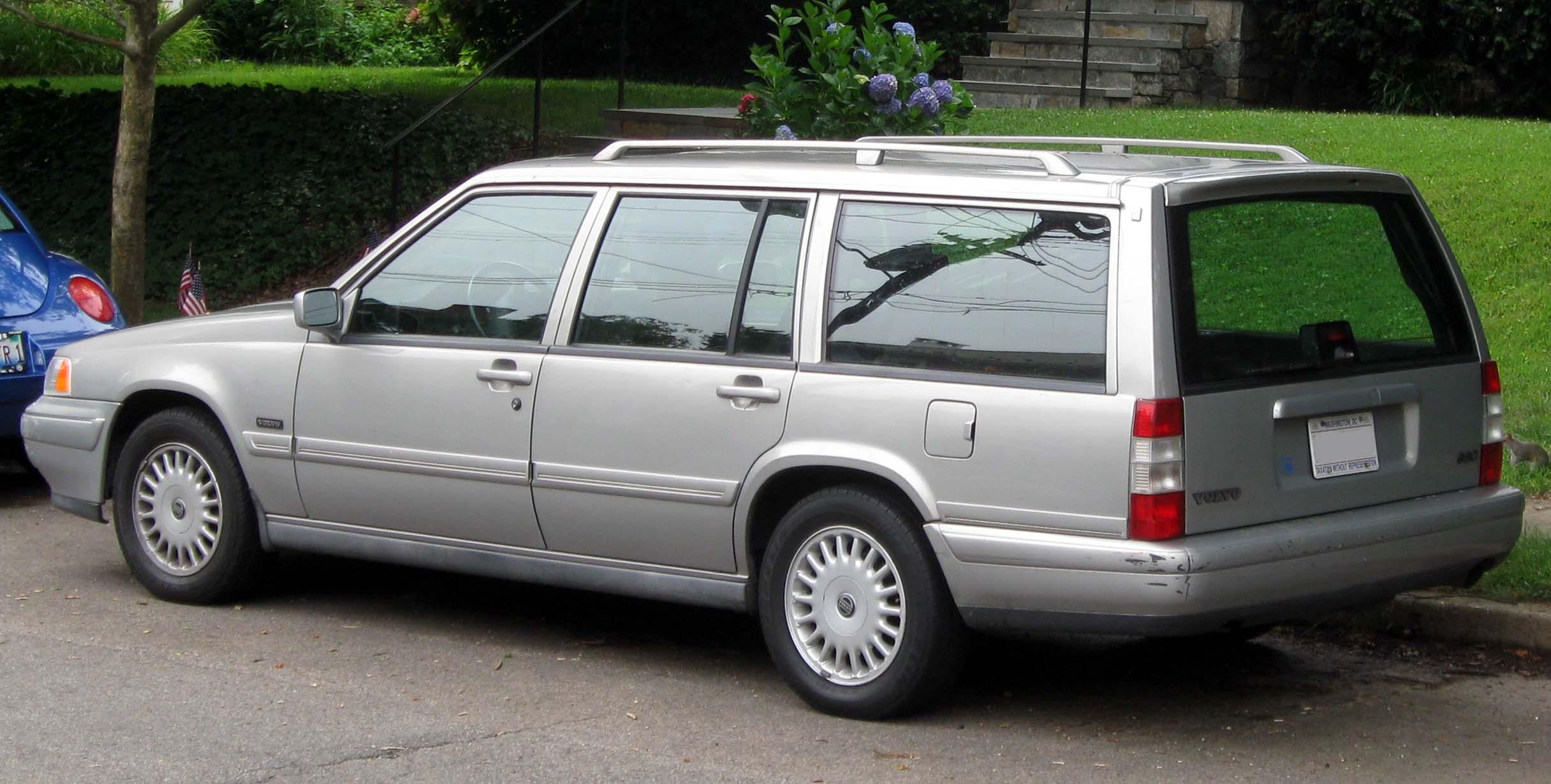 volvo 960 i 1990 1994 station wagon 5 door outstanding cars rh carsot com 95 Volvo 960 Upgrade 1995 volvo 960 repair manual