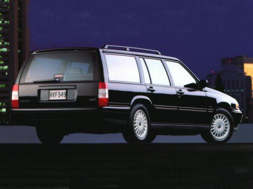 Volvo 960 I Restyling 1994 - 1996 Station wagon 5 door #1